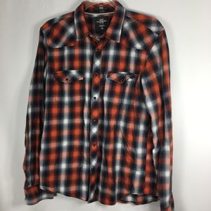 H & M Men's Shirt Plaid Snap Down Fitted